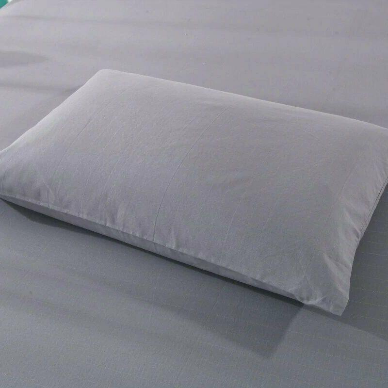 Earthing grey pillowcase